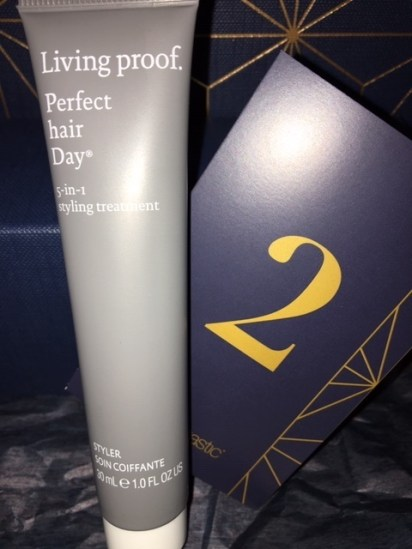 living proof perfect ahir 5-in-1 hair stying treatment