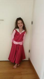 essayage robe d'Aurore