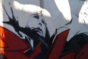 10 graffiti on a truck close-up blog passions100facons.jpeg