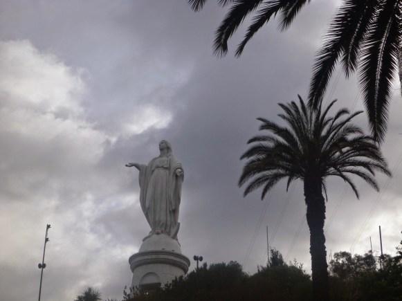 Vierge au sommet de Cerro San Cristobal.JPG