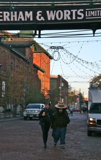 Toronto Christmas Market torontofunplaces.com 3.jpeg