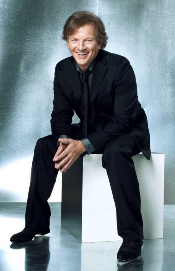 L'imitateur André-Philippe Gagnon se produira en français au FirstOntario Performing Arts Centre de St. Catharines le 20 octobre.