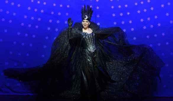 Ambur Braid, dans le rôle de la Reine de la nuit, dans «La Flûte enchantée» à la COC. (Photo: Gary Beechey)