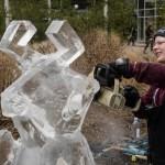 Sculpture de glace dans le quartier Yorkville, (Photo: Philippe Davisseau)