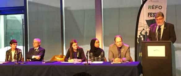 Diane Dubois, Denis Chartrand de l'ACÉPO, Geneviève Borris du RÉFO, Koubra Haggar de la FESFO, Carol Jolin de l'AFO, Jean Lemay de l'AFOCSC. (Photo: REFO)