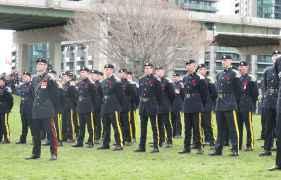 The Queen's York Rangers, un régiment de la Première réserve des Forces canadiennes.