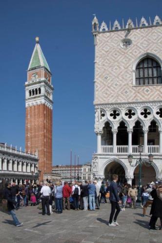 Le campanile. (Photo: Odile Collet)