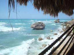 Panorama du resto-bar Vue sur mer de Cayes-Jacmel. (Photo: Rudolf Dérose)