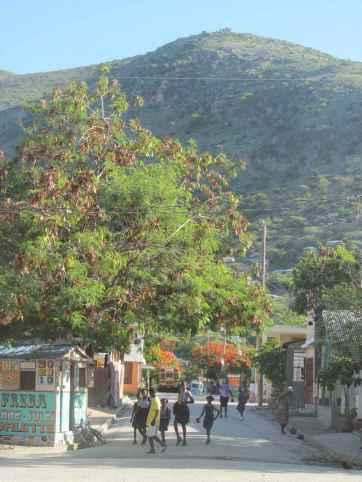 Une rue de la ville de Marchand Dessalines.
