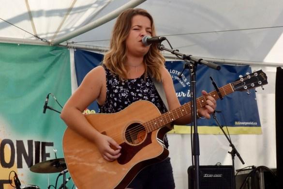Gabrielle Goulet récemment nommée à l'ADISQ pour l'album country de l'année