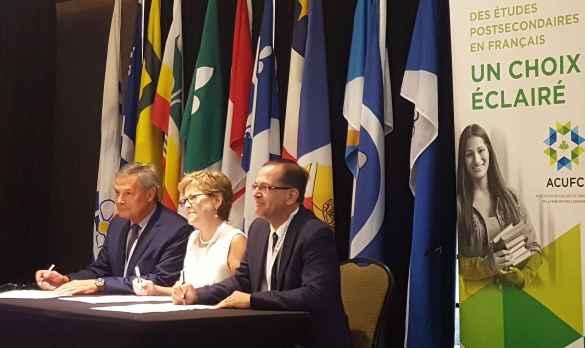 Les porte-parole d'une nouvelle alliance stratégique pour la petite enfance: le président du RDÉE du Canada, Michel Matifat; la DG par intérim de l'ACUFC, Lynn Brouillette; et le directeur général de la Commission nationale des parents francophones, Jean-Luc Racine.