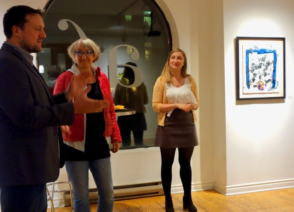 Shawn Serfas, peintre, Catherine Parayre, auteure, Laetitia Delemare, directrice culturelle de l'AFT.
