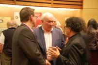 Yves Turbide (AAOF) avec les écrivains Jean Boisjoli et Gabriel Osson à l'ouverture du Salon du livre de Toronto.