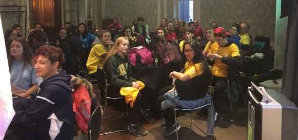 Des participants aux Olympiades linguistiques.