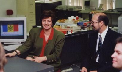 La princesse Margareta de Roumanie à L'Express de Toronto au début des années 1990, avec le fondateur Jean Mazaré.