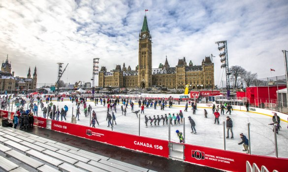 La patinoire de la Colline du Parlement. (Photo: Patrimoine canadien)