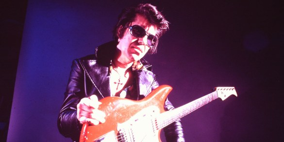 RUMBLE, The Indians Who Rocked The World