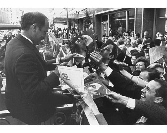 Il y a 50 ans : la Trudeaumanie