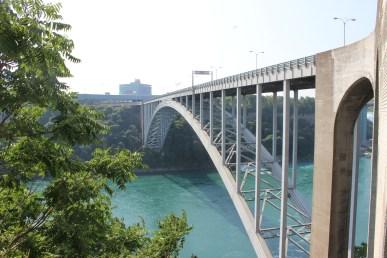 Le Rainbow Bridge