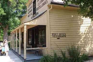 Une poste dans le style du 19e siècle