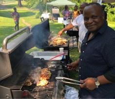 Le journaliste Elvis Nouemsi, de Radio-Canada, participait à la fête.