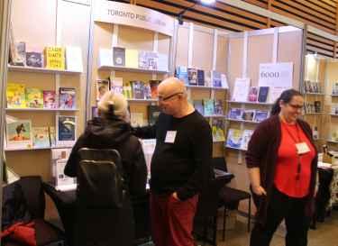 Peter Kupidura, coordonnateur des services en français de la Bibliothèque de Toronto.