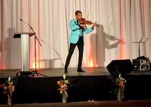 Le violoniste Grenville Pinto.