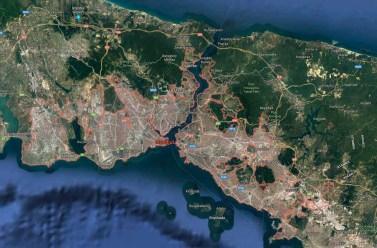 Le détroit de Bosphore reliant Istanbul et la mer de Marmara à la mer Noire.