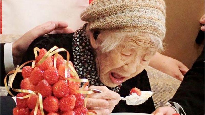 Record de longévité l'âge et le pays de l'actuelle doyenne de l'humanité