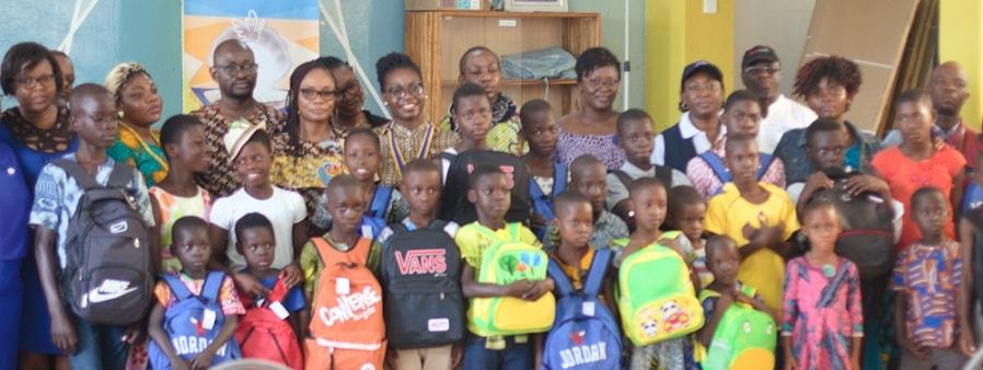 Togo année scolaire 2019 – 2020 Rotary Club Lomé – Perle tend la main aux enfants démunis-min
