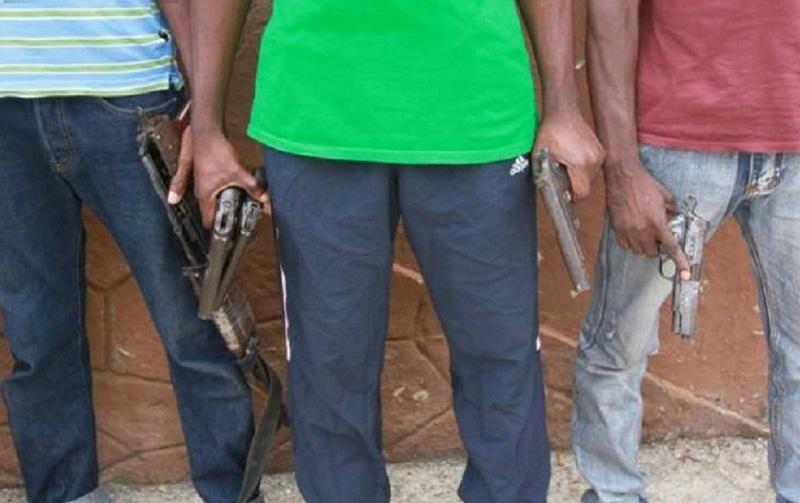 Togo : un réseau de braqueurs et de voleurs d'autos, motos démantelé