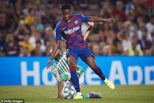 inLe jeune Ansu Fati félicité par Lionel Messi ; l'Afrique tient-elle sa nouvelle pépite