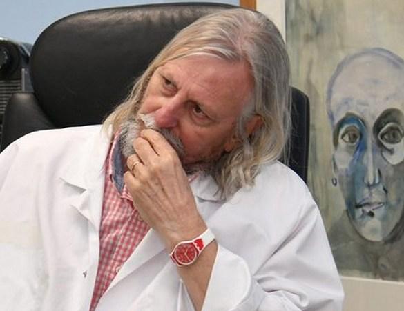 Média David Pujadas détruit Didier Raoult