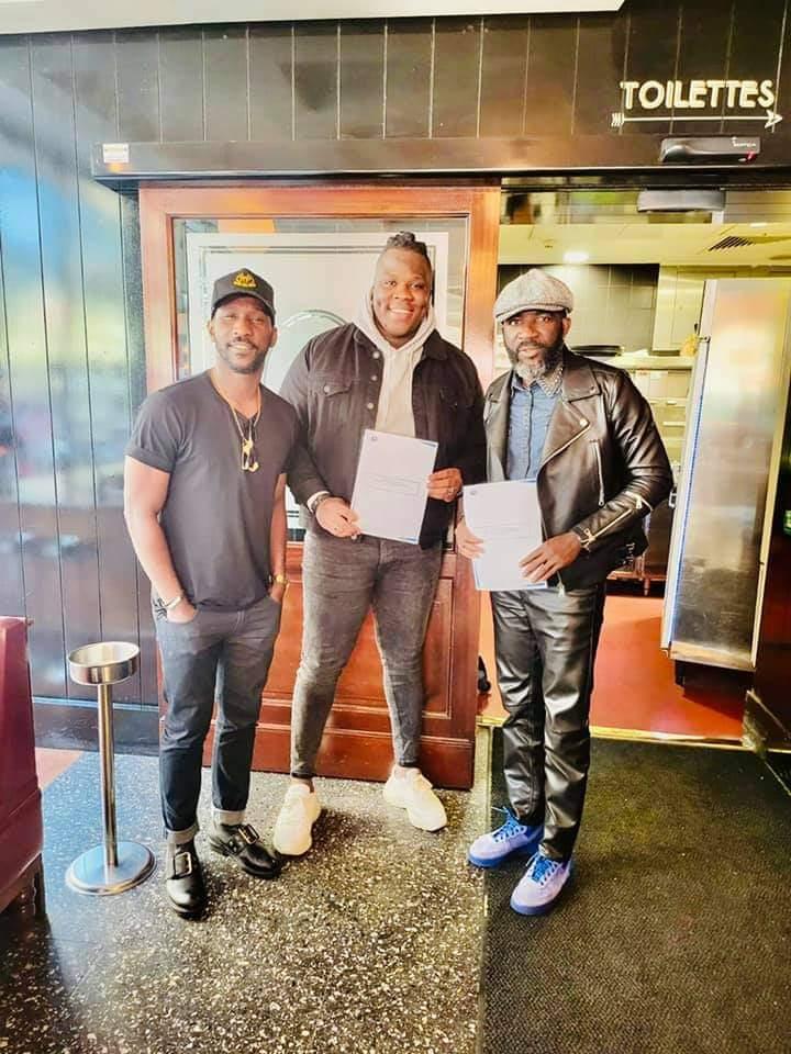 DJ Arafat : Apoutchou National s'apprête à détrôner le Daïshi avec cette nouvelle signature (photo)