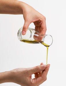 olive oil is good for skin and nails