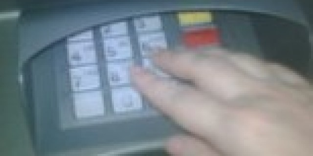 Pejabat Bank Ditahan Terkait Pembobolan ATM