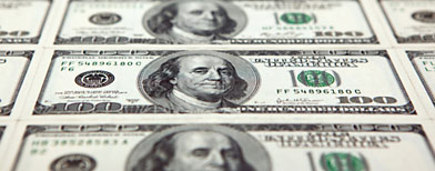 Hundred-dollar bills (Thinkstock)