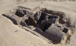 3,300-Year-Old Tomb with Pyramid Entrance Discovered…