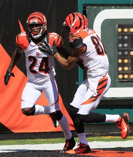 Dalton's 3 TDs lead Bengals over Browns 34-27