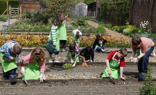 Teaching children how to garden helps them to become responsible, a survey suggests