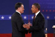U.S. Republican presidential nominee Mitt Romney (L) and U.S. President Barack Obama shakes hands at the start of the second U.S. presidential campaign debate in Hempstead, New York, October 16, 2012. REUTERS/Jim Young