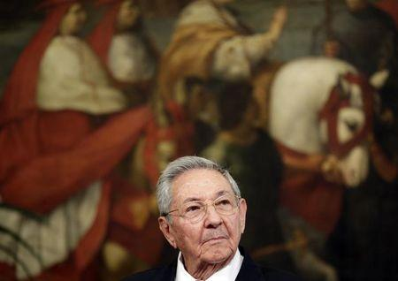 Cuban President Castro attends a news conference at Chigi Palace in Rome