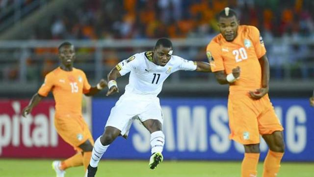 15BDGB. Bata (Equatorial Guinea), 08/02/2015.- Mubarak Wakaso of Ghana (L) shoots at goal past Serey Die of Ivory Coast (R) during the 2015 Africa Cup of Nations final soccer match between Ivory Coast and Ghana at the Bata Stadium in Bata, Equatorial Guinea, 08 February 2015. (República Guinea, Irlanda) EFE/EPA/BARRY ALDWORTH UK AND IRELAND OUT