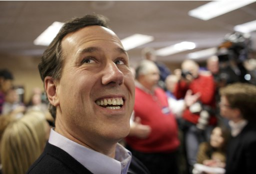 Republican presidential candidate Santorum campaigns in Sioux City