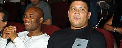 https://i1.wp.com/l1.yimg.com/a/i/br/esportes/2012/ronaldo_anderson.jpg