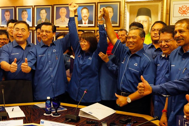 Deputy prime minister Muhyiddin Yassin announced that MCA vice-president Datin Paduka Chew Mei Fun (centre, arms raised) is Barisan Nasional (BN) candidate for Kajang by-election at Barisan Nasional's meeting room at PWTC, on February 21, 2014.