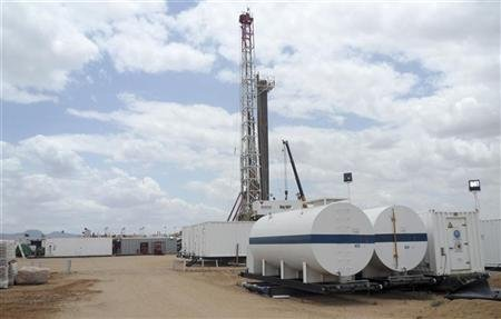 A general view shows an oil rig used in drilling at the Ngamia-1 well on Block 10BB, in the Lokichar basin, which is part of the East African Rift System, in Turkana County April 5, 2012. REUTERS/Njuwa Maina