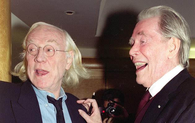 Drinking buddies... O'Toole and Richard Harris