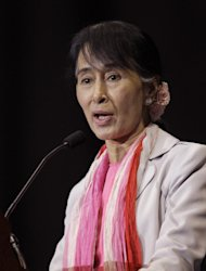 Myanmar democracy leader Aung San Suu Kyi speaks in Fort Wayne, Ind., Tuesday, Sept. 25, 2012. Fort Wayne is home to one of the largest Burmese population in the United States. (AP Photo/Michael Conroy)