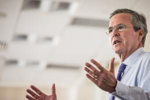 Jeb Bush Tours Pharmaceutical Company In South Car…